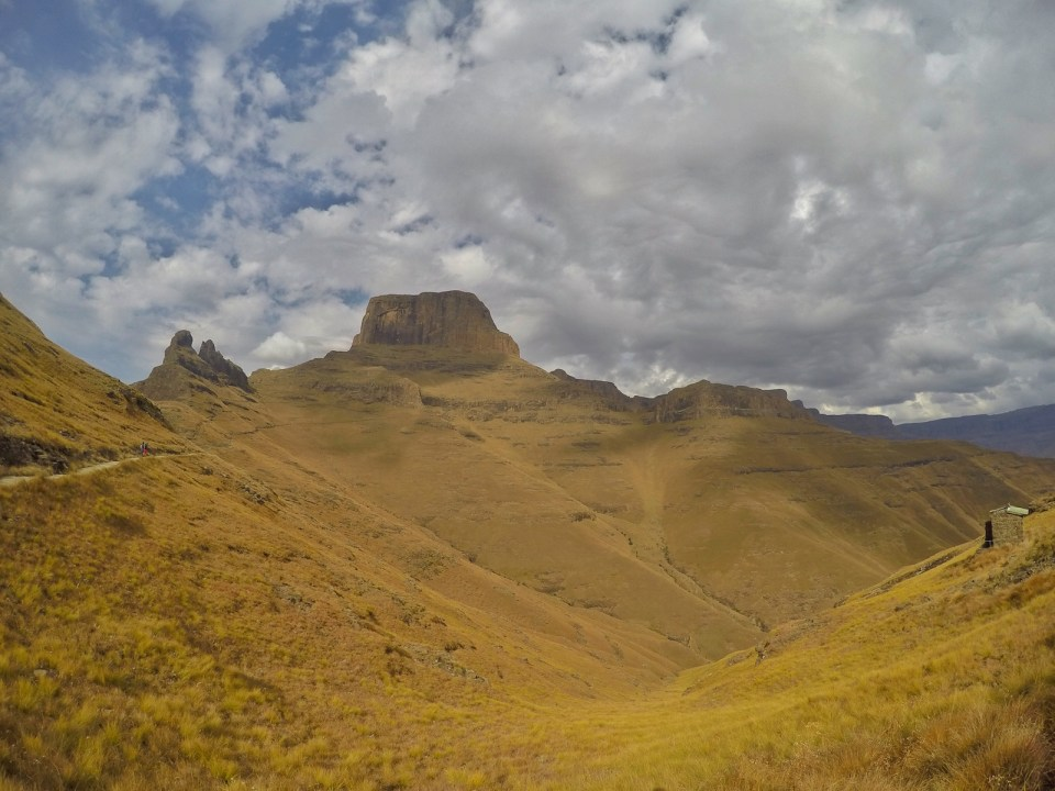 Drakensberg Mountains Hiking Guide, Drakensberg Mountains, Royal Natal National Park, Golden Gate National Park, Champagne Valley, Hiking, South Africa