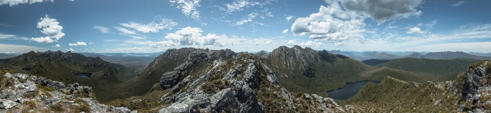 tasmania, western arthur traverse, hiking in tasmania, homepage, beardandcurly.com