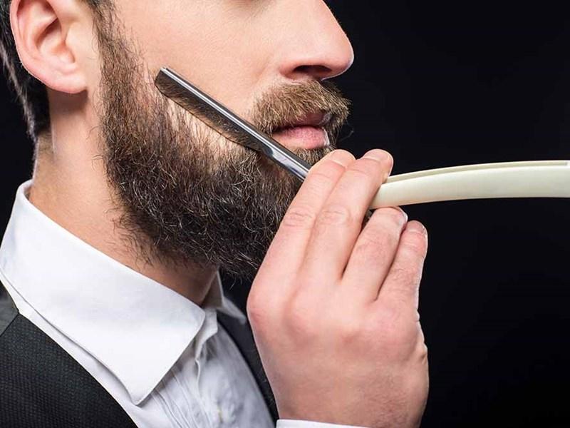 Jak golić się brzytwą na żyletki ?