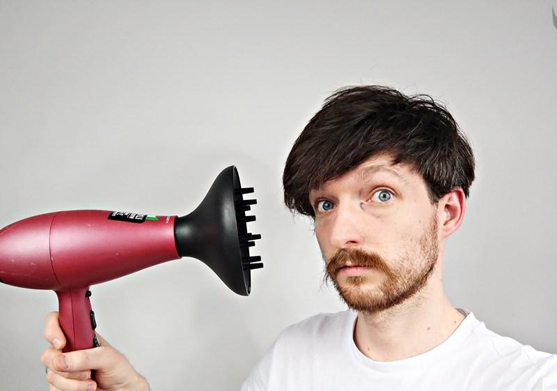 Jak poprawnie suszyć włosy? – poradnik