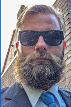 William's winning beard, gallery photo 5