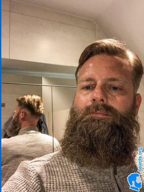 William's bigger beard. Be sure to see the volume of beard from an alternate angle in the mirror.