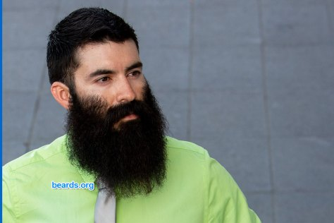 Healthy man, healthy beard: start up a hair routine to make your hair and beard look their best