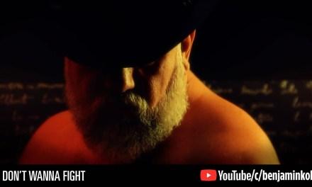 Confira o novo clipe de Benjamin Koll, I Don't Wanna Fight (NSFW)