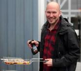 2012_47 - Grillkungen med glazesprayen i högsta hugg!