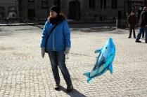 Påskparad i Karlstad 2013 - Hurra! Jag har fått en ballong!
