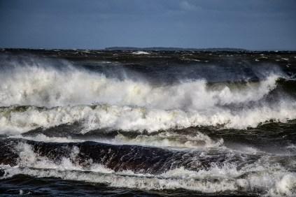 180810-171239-waves-1D8A6413