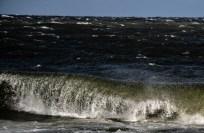 180810-172054-waves-1D8A6558