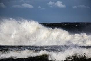 180810-174000-waves-1D8A7203