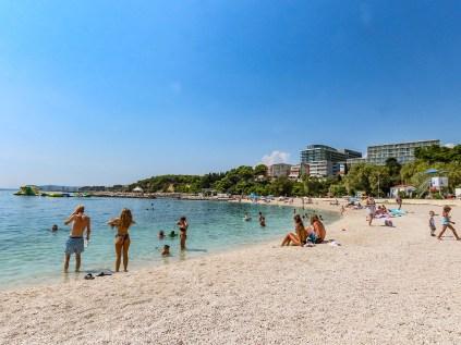 190827-140411-beach-IMG_1575