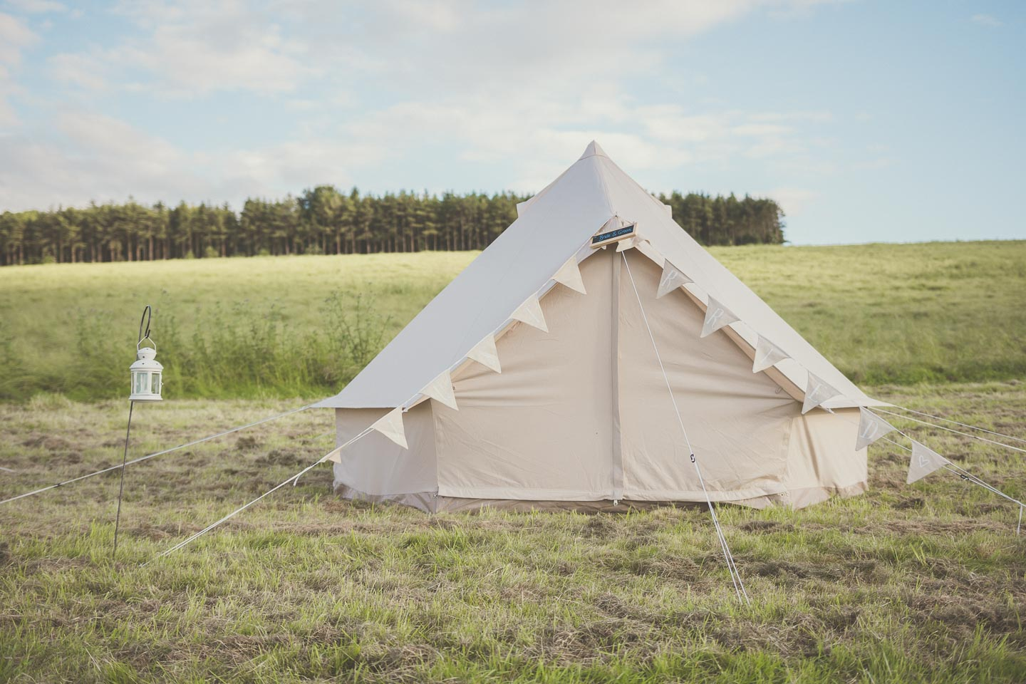 Difference between yurts, tipis and bell tents