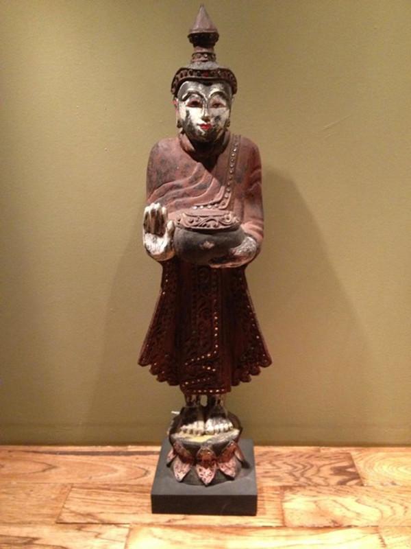 Burmese Buddah 11