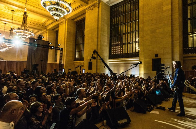 Paul McCartney live at Grand Central Terminal, New York City, 7 September 2018