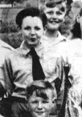 Paul McCartney, 1940s