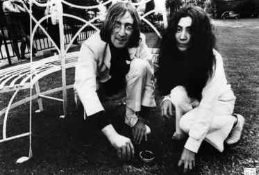 John Lennon and Yoko Ono plant acorns for peace, Coventry Cathedral, 15 June 1968