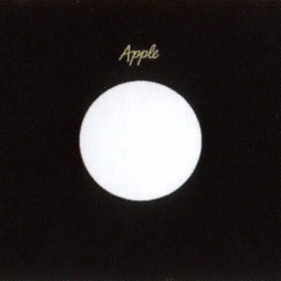 Apple single sleeve - India, Netherlands, Philippines, Singapore, Venezuela