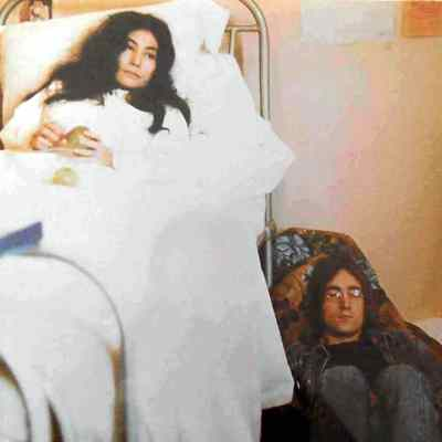 Unfinished Music No 2: Life With The Lions album artwork - John Lennon and Yoko Ono