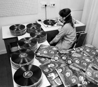 EMI worker quality testing Rubber Soul vinyl pressings, 1965