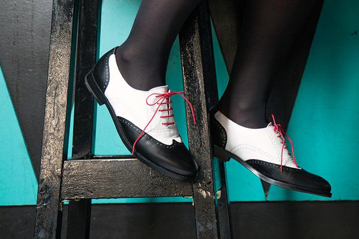Lena Oxford blanco y negro por Beatnik Shoes