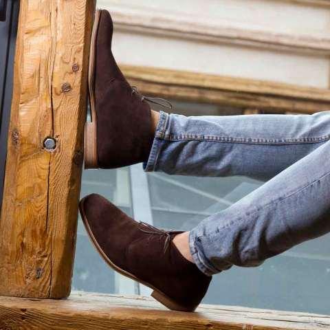 Botas desert en ante marrón Kenneth hechas a mano en España por Beatnik Shoes