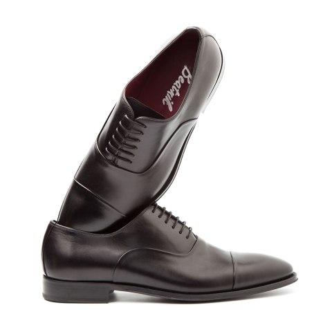 Zapato de cordones negro para hombre Hecho a mano en España en piel de becerro