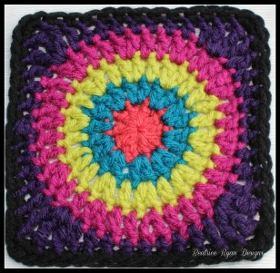 Granny's Circle in Square Purple