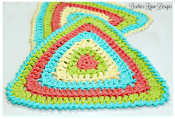 Totally Triangle Dishcloth... Free Crochet Pattern