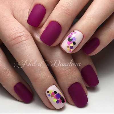 Κομψά και διακριτικά σχέδια για νύχια (39)
