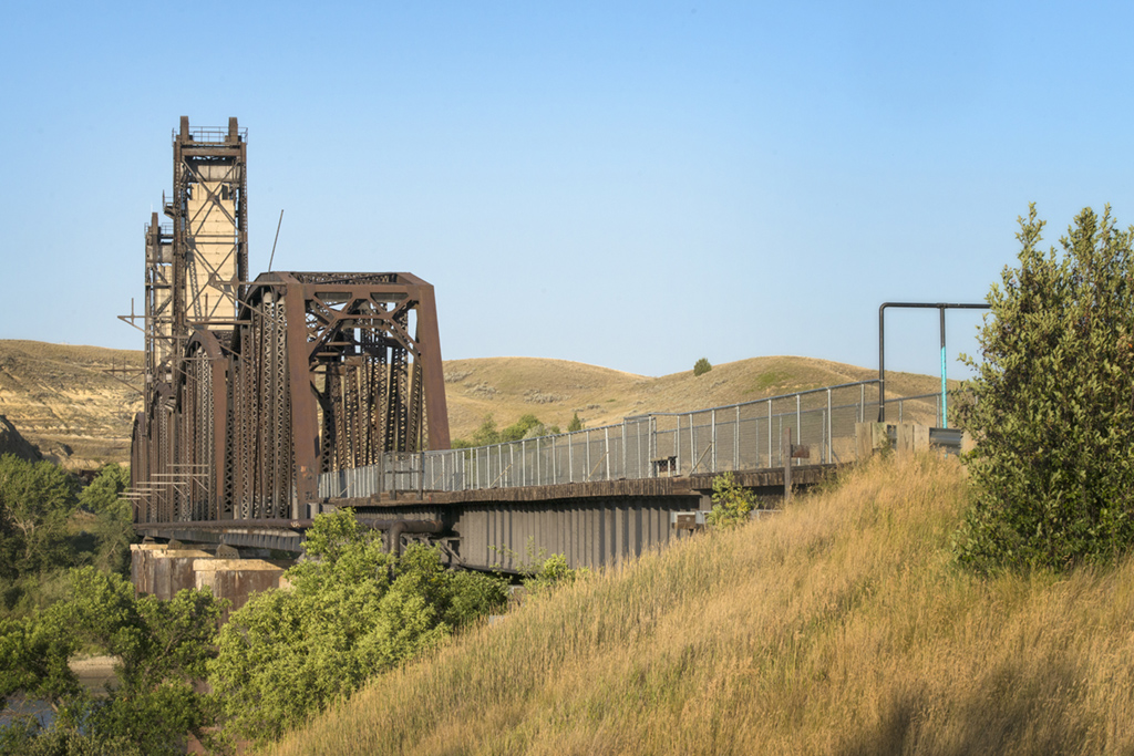 Fairview Lift Bridge, and counterweights rise high above the Yellowstone River.
