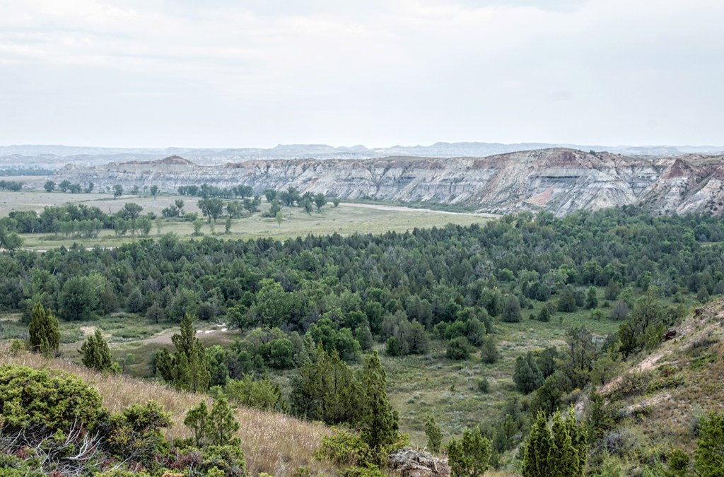 The 3 best trails for a last-minute fall hike in the North Dakota Badlands