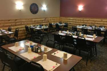 The separate dining room at the Little Missouri Grille accommodates large crowds.