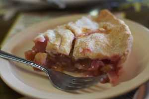 Famous Beeline Rhubarb Pie