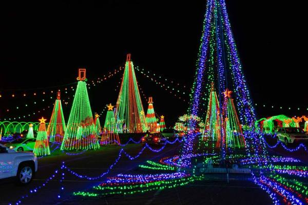 The McKenzie County Volunteers for Make-A-Wish Foundation are hosting the 2nd Annual Candy Cane Lane holidays displays at the McKenzie County Fairgrounds. You're invited to join in on the fun! If you have a float in the Chamber Parade of Lights, this is a great place to display your hard work throughout the season. Or, set up a unique display onsite and help bring Christmas cheer to the community while supporting a great cause. More info at the link below. https://www.visitwatfordcity.com/.../Candy-Cane.../1079... Photo from Facebook page Watford City, North Dakota.