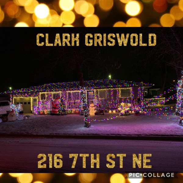 Christmas lights at 216 7th St NE , Watford City, North Dakota. More information here: Facebook Watford City, North Dakota (@watfordcity)