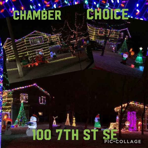 Christmas lights at 100 7th St SE , Watford City, North Dakota. More information here: Facebook Watford City, North Dakota (@watfordcity)