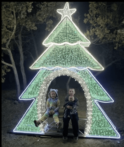 One of the many photo opportunities at the ever popular Spring Lake Park Holiday Drive in Williston, North Dakota. Photo courtesy Williston Parks and Recreation Facebook page.