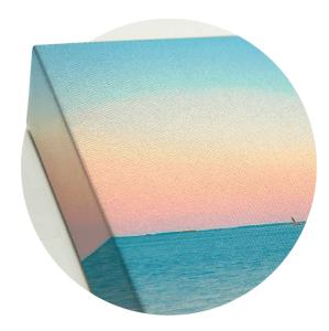 Canvas wraps boast tight, flat corners.