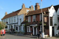 The Kings Head and Warren Lodge Hotel, Church Square, Shepperton