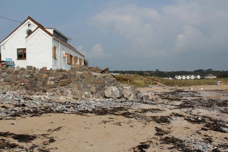 Cottage on beach, Port Eynon