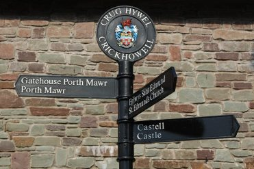 Signpost, Crickhowell
