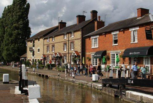 Canalside, Stoke Bruerne