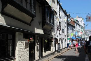 Mrs. Noahs Gifts and The Well House Tea Rooms, Fowey
