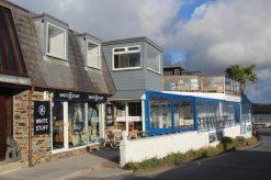 White Stuff and Blue Tomato Cafe, Rock
