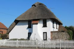 Thatched cottage, East Wittering
