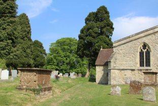 St. Mary's Churchyard, Long Crendon