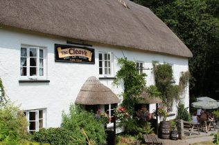 The Cleave pub, Lustleigh