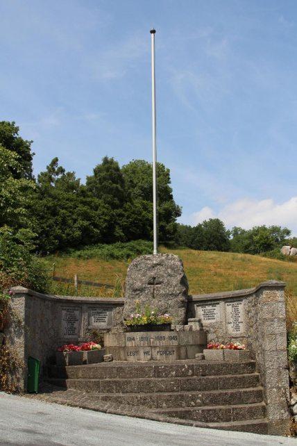 War Memorial, Lustleigh