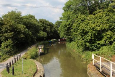 Kennet and Avon Canal from Meadows Bridge, Avoncliff