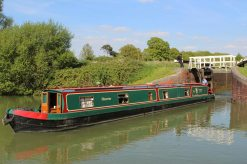 Narrowboat, Caen Hill Flight Lock, Kennet and Avon Canal, Rowde