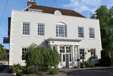 St. Michael's Manor Hotel, Fishpool Street, St. Albans